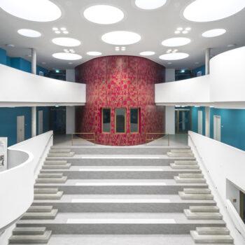 Gymnasium-Schönefeld Innenraum Treppe
